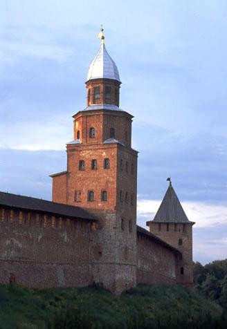 ETT ANNAT RYSSLAND. Novgorods Kreml. Foto Natalya Dulchenko via Wikimedia.