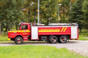 FEL SIGNAL FÖR SD. Brandbilen och brandmännen på bilden och räddningstjänsten i Hofors har inget samband med texten. Bild Calle Eklund/Wikimedia.