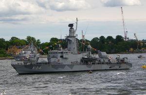 SKA RUSTAS. Både det svenska försvaret och två korvetter av Göteborgsklass (här HMS Sundsvall) ska rustas. Foto från Wikimedia/Poxnar
