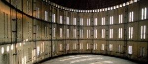FÖRE..? Interiören i den Colosseumliknande bobergska Gasklocka 2 i dag. (Foto: Lennart Johansson)