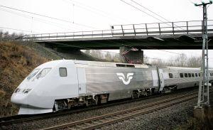 SNABB. SJ 2000 (X 2000) har, med moderniseringar, i 25 år varit Sveriges inhemska variant av snabbtåg.