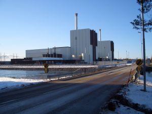 VIKTIG OM VINTERN. Forsmarks kärnkraftverk, reaktor 1 och 2. (Wikimedia Dennis140)