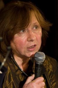 Svetlana Aleksijevitj. Bild Peter Groth /Wikimedia.