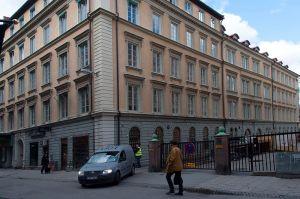 VÄRT ATT BEVARA. Vi liberaler motsätter oss bl.a. rivningen av den historiskt värdefulla flygeln till Astoriahuset på Nybrogatan.