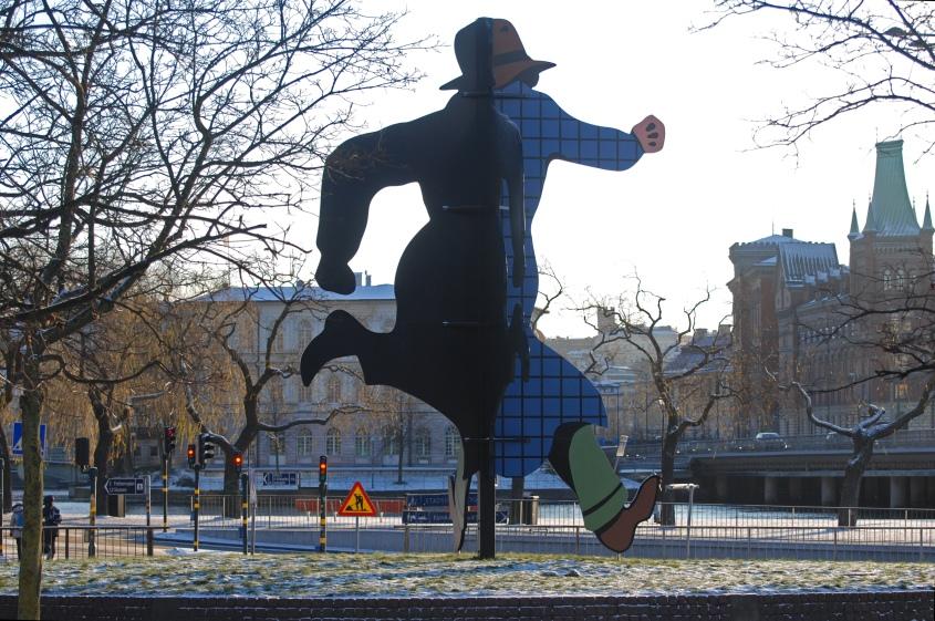 TILLÅTEN PUBLICERING? Jan Håfströms Mr Walker i Järnvägsparken i Stockholm. Bild från Wikimedia (larske).